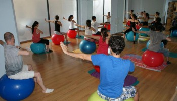 Clase de Pilates con Merche Cotolí