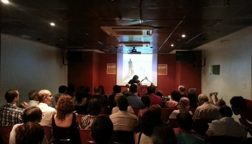 Levante. El guitarrista Toni Cotolí presenta su nuevo CD en el Fnac de Valencia – 26/06/2014