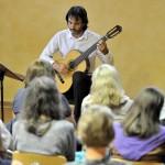 Waldorfschule: Spanische Gitarrenmusik