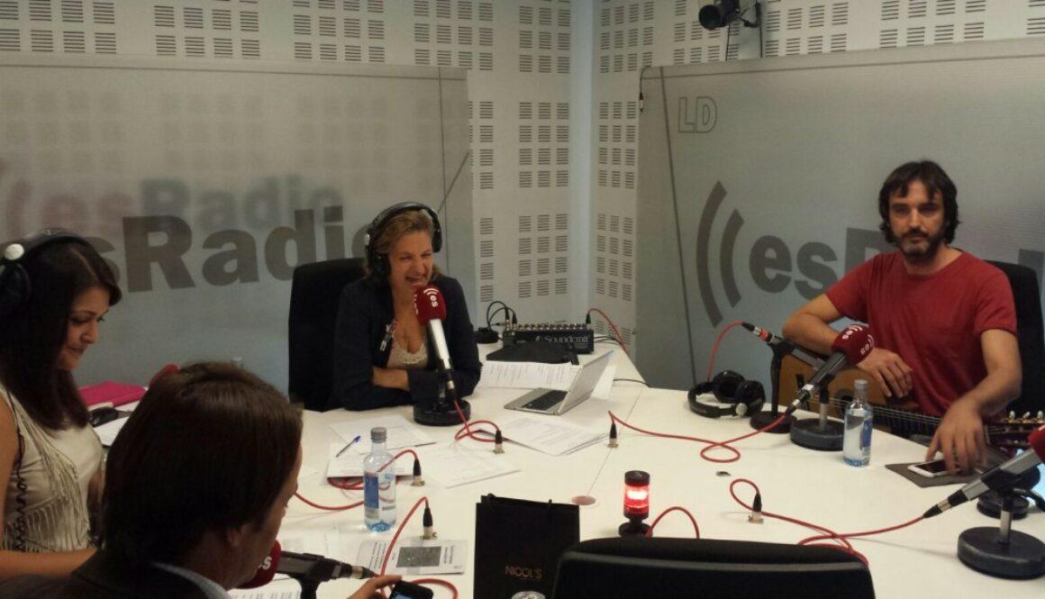 Es_Radio_Toni_Cotoli_Entrevista_guitarra