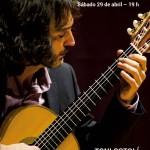 Castellón Información: Los sonidos de la guitarra clásica con toques flamencos invaden el Salon Gótico del castillo de Peñíscola