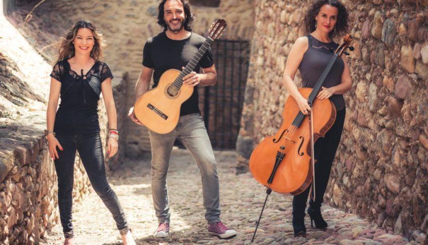 Concierto didáctico ROCK road trío en el Auditori de Torrent