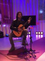 El guitarrista Toni Cotolí en À Punt directe